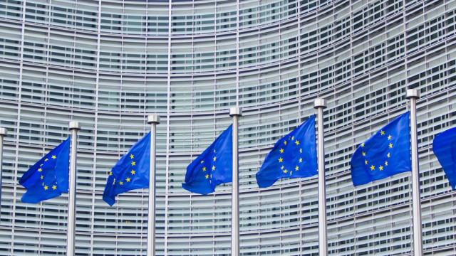 UE alarga lista de sanções e anuncia conferência em Bruxelas
