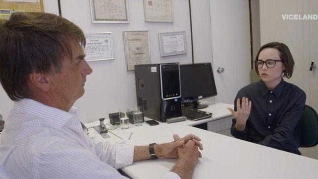 Ellen Page relembra entrevista com Bolsonaro e posta #EleNão