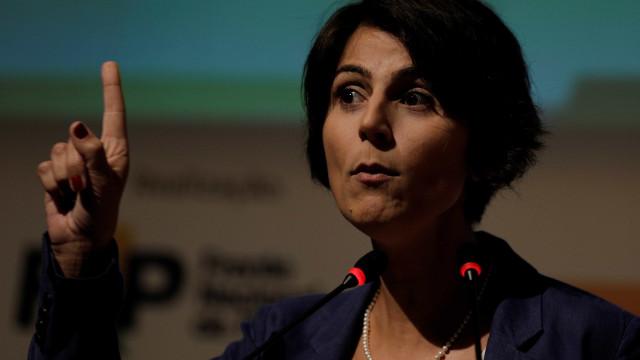 Hacker diz à PF que Manuela D'Ávila intermediou contato com Greenwald
