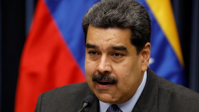 Maduro está disposto a negociar com oposição 'em prol da paz'