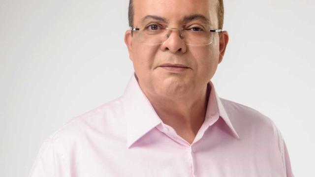 Milionário eleito no DF prega renovação e flerta com velha política