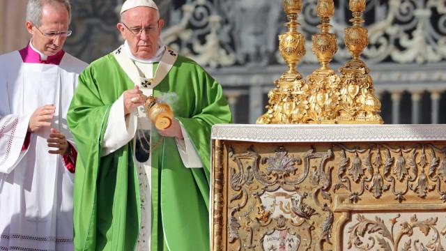 Papa abre Sínodo dos Bispos dedicado aos jovens