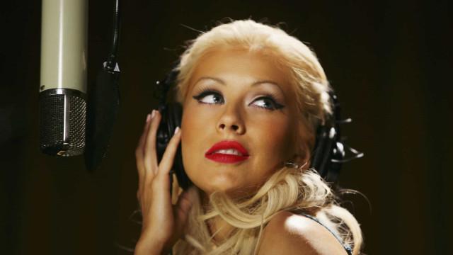 Produtor revela que Anitta e Christina Aguilera vão gravar dueto