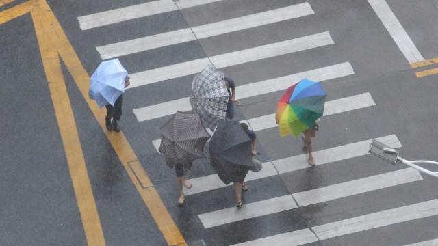 Chuva deixa São Paulo em estado de atenção neste sábado