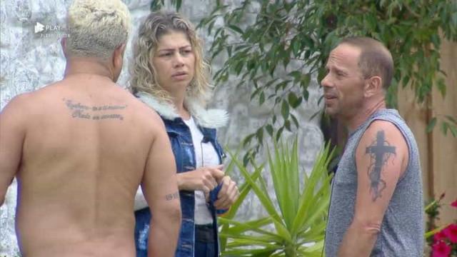 A Fazenda: Rafael, Catia e Evandro vencem terceira prova de fogo