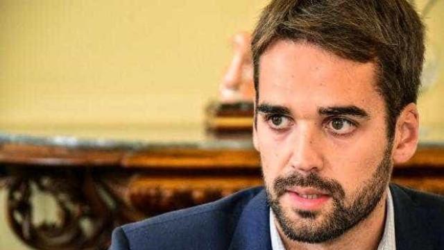 Novos governadores de estados em crise ainda quitam o 13º de 2018