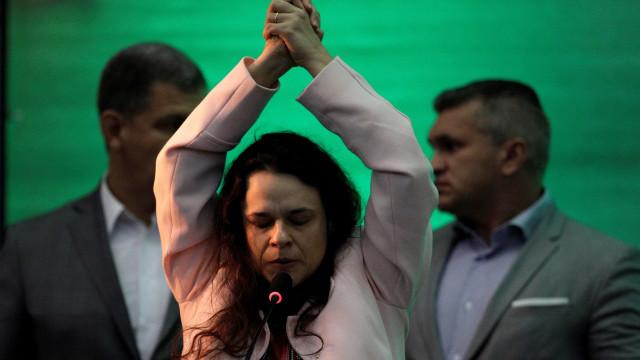 Janaína Paschoal e Eduardo Bolsonaro batem recorde de votos