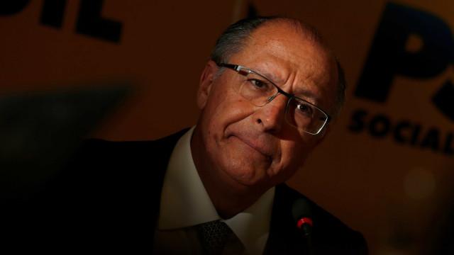 Justiça bloqueia bens de Alckmin e de executivos ligados a Odebrecht