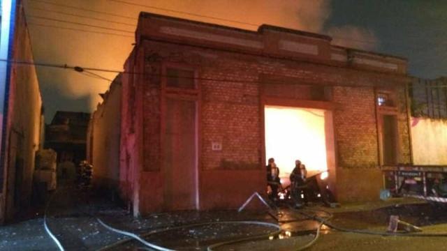 Sobe para 98 número de vítimas atingidas por gás tóxico em incêndio