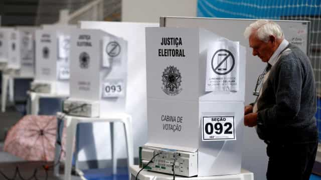 TSE registra 713 urnas substituídas durante a votação