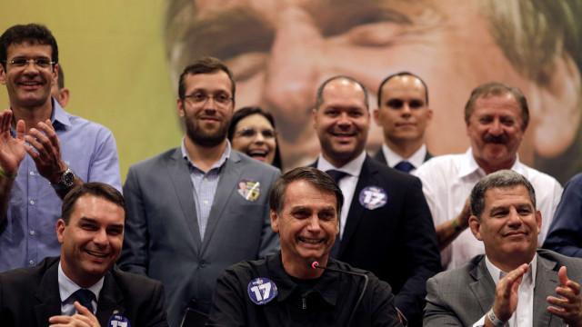Ignorado na composição de ministérios de Bolsonaro, PSL fica dividido