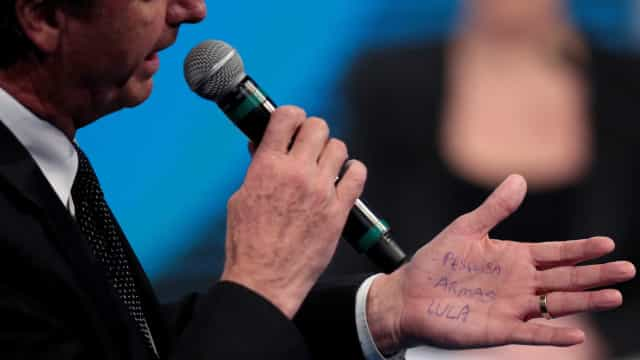 73% dos brasileiros querem Bolsonaro em debates no segundo turno