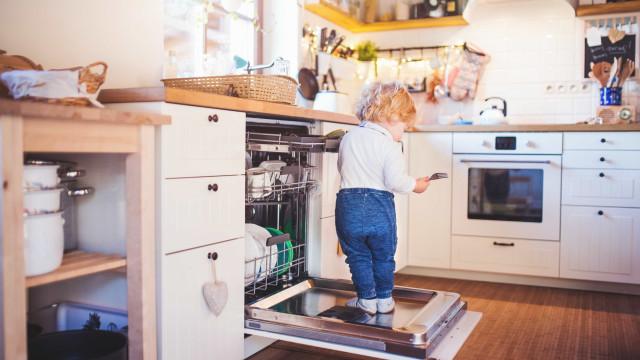Dicas essenciais para deixar a casa mais segura para as crianças