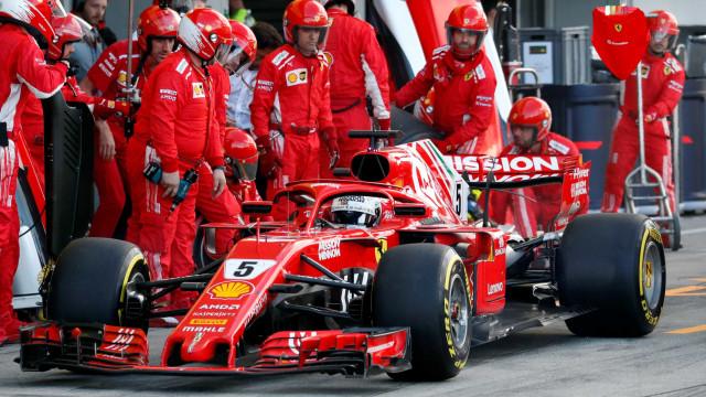 Ferrari evita encontro de Vettel e Leclerc após batida em Interlagos