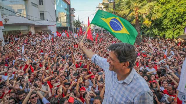 Haddad para eleitores: 'Vale a pena votar em Bolsonaro só por ódio?'