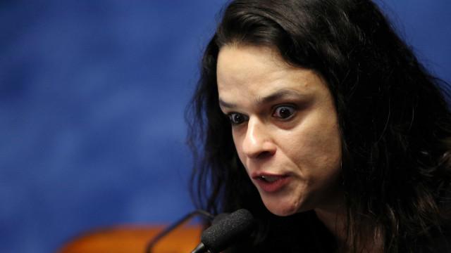 Contrária a atos pró-Bolsonaro, Janaina Paschoal ameaça deixar o PSL