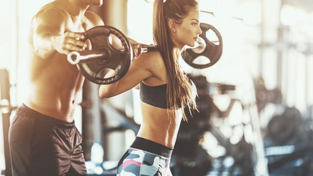 Quantos kg de músculo é possível ganhar no espaço de um mês?