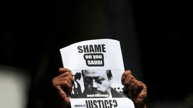 Riad espionou Khashoggi com software israelense, diz Snowden