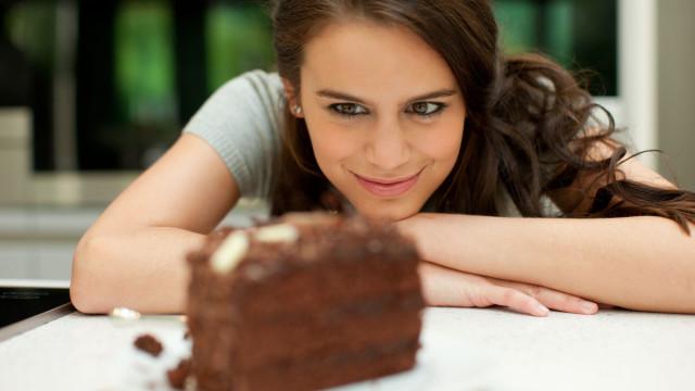 Gordura localizada: Três dos piores alimentos para a barriga
