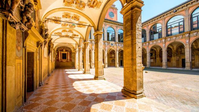 Faça um tour pelas universidades mais bonitas do mundo
