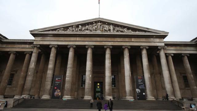 British Museum incorpora obra infiltrada pelo artista Banksy; veja peça