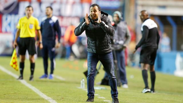 'O Corinthians não pode olhar para baixo', diz Jair Ventura