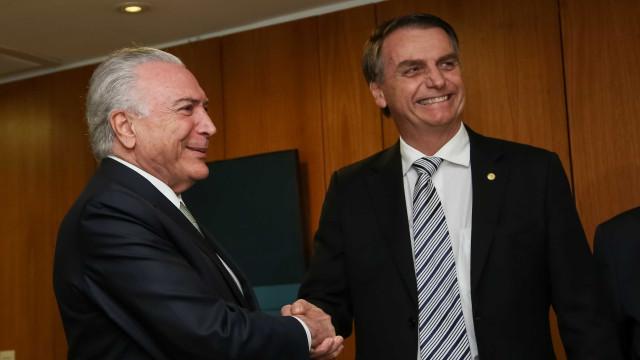 Temer sugere a Bolsonaro que encaminhe PEC da Previdência em janeiro