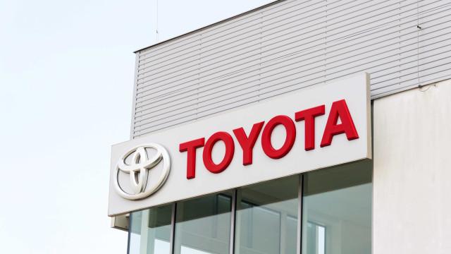 Toyota mostra carro para cadeirantes no Salão do Automóvel de São Paulo