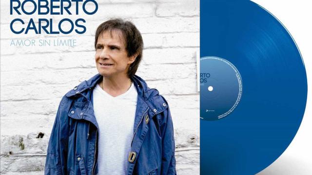 Roberto Carlos lança 1º LP em 22 anos e segue a tradição da cor azul