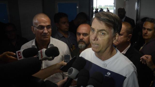 Bolsonaro pede união de poderes: 'Não posso governar sozinho'