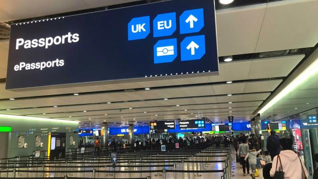 May diz que europeus deixarão de 'furar fila' de imigração com Brexit