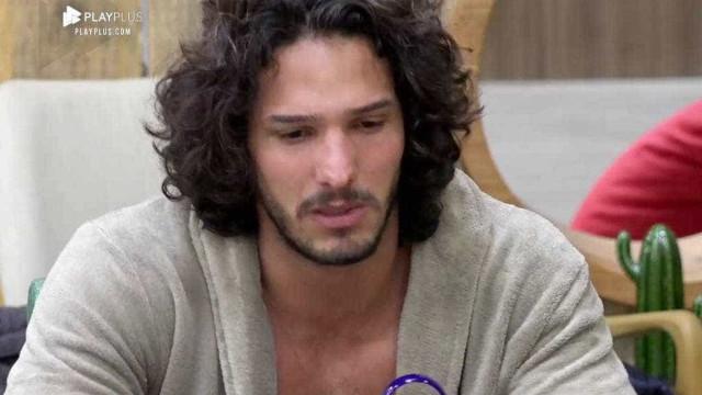 João vence a prova do fazendeiro; Rafael e Leo disputam votos
