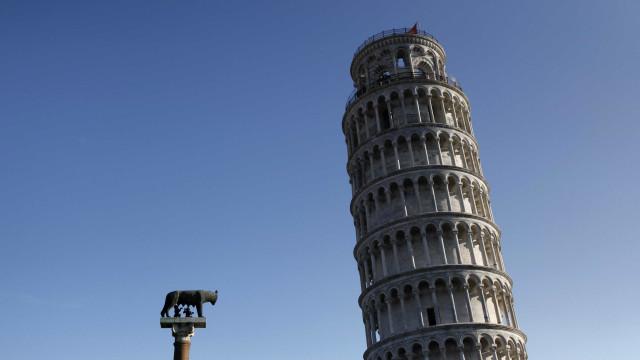 Torre de Pisa reduz 4 cm de inclinação em 20 anos