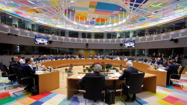 Países europeus pedem reunião urgente sobre o Irã