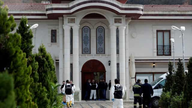 Polícia turca faz busca em casa que estaria ligada à morte de Khashoggi