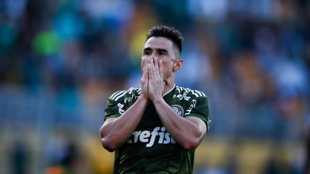 Willian minimiza eliminação do Palmeiras: 'Temos mais duas competições'