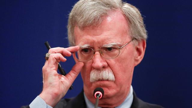Assessor da Casa Branca diz que EUA responderão intimidação de Maduro