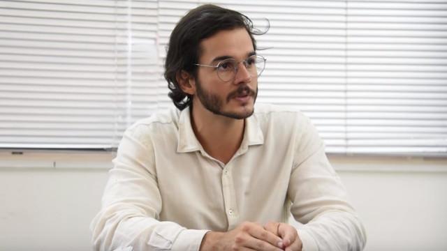 Túlio Gadêlha é criticado após encontro com Rodrigo Maia