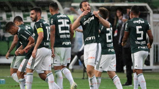 Palmeiras renova contratos de Prass, Jailson e Edu Dracena