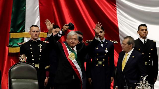 Obrador toma posse no México e firma acordo com Am.Central