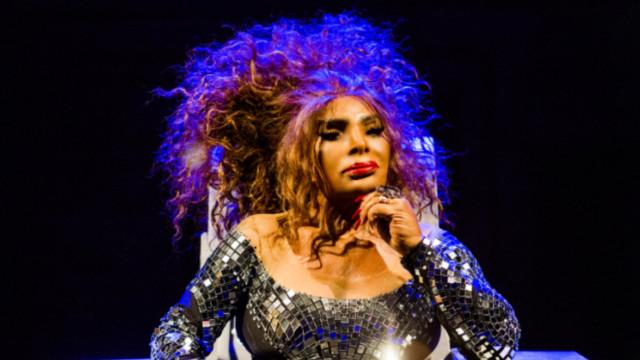 Elza Soares grita pelas travestis, Marielle e Ágatha no Rock in Rio