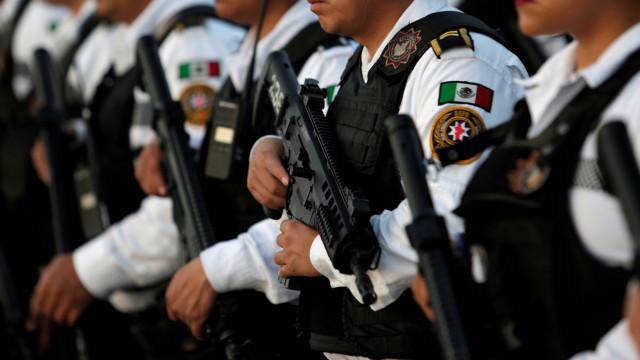 México lança campanha contra cartéis do tráfico de armas e drogas