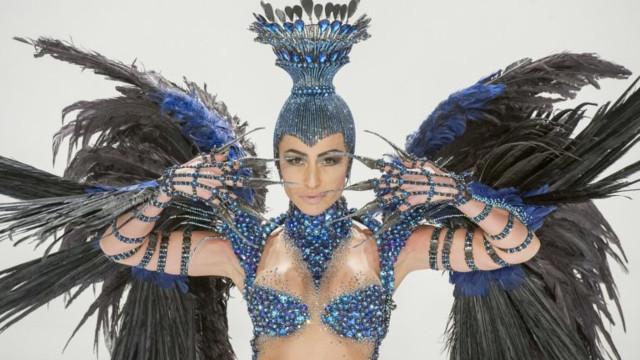 Sabrina Sato deixa posto de rainha de bateria da Vila Isabel