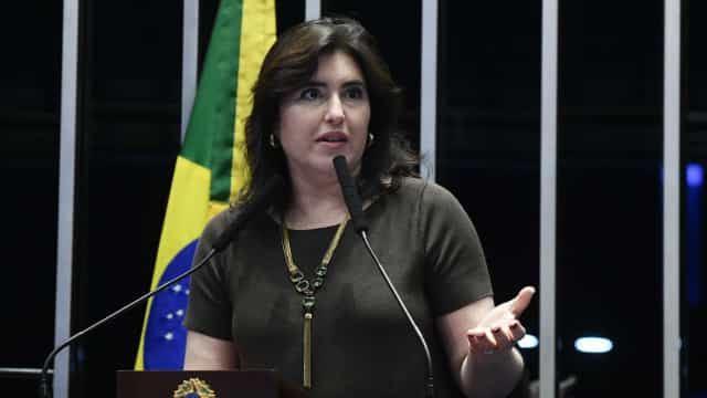 Indicação de Eduardo é 'maior erro' do presidente Bolsonaro, diz Tebet