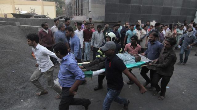 Incêndio em hospital na Índia deixa mortos e mais de 140 feridos
