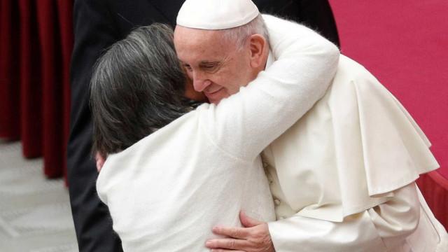 Papa critica líderes nacionalistas que 'temem estrangeiros'