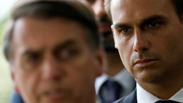 Bolsonaro sobre Eduardo: 'Crítica é sinal de que é a pessoa adequada'