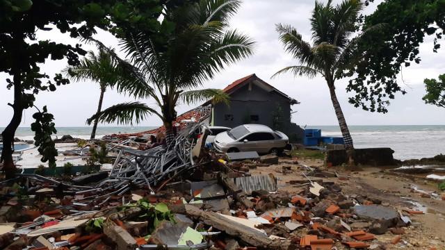 Não há brasileiros entre as vítimas de tsunami, diz Itamaraty