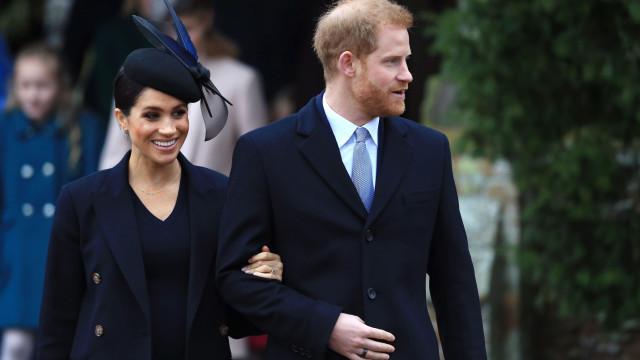 Príncipe Harry não bebe álcool no Ano Novo para acompanhar Meghan