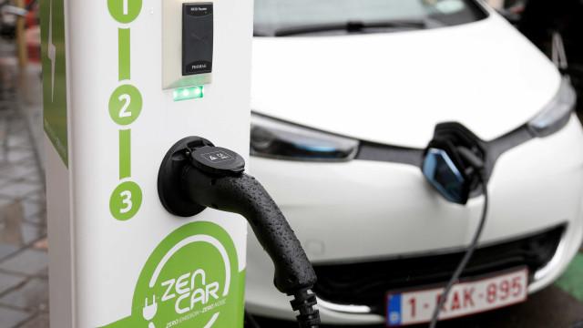 Picape a diesel e carro elétrico são as novas apostas das montadoras